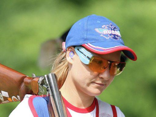 КРУГЛЫЙ СТЕНД | Интервью Надежды Коноваловой | Уроки стендовой стрельбы от Funky Shooting